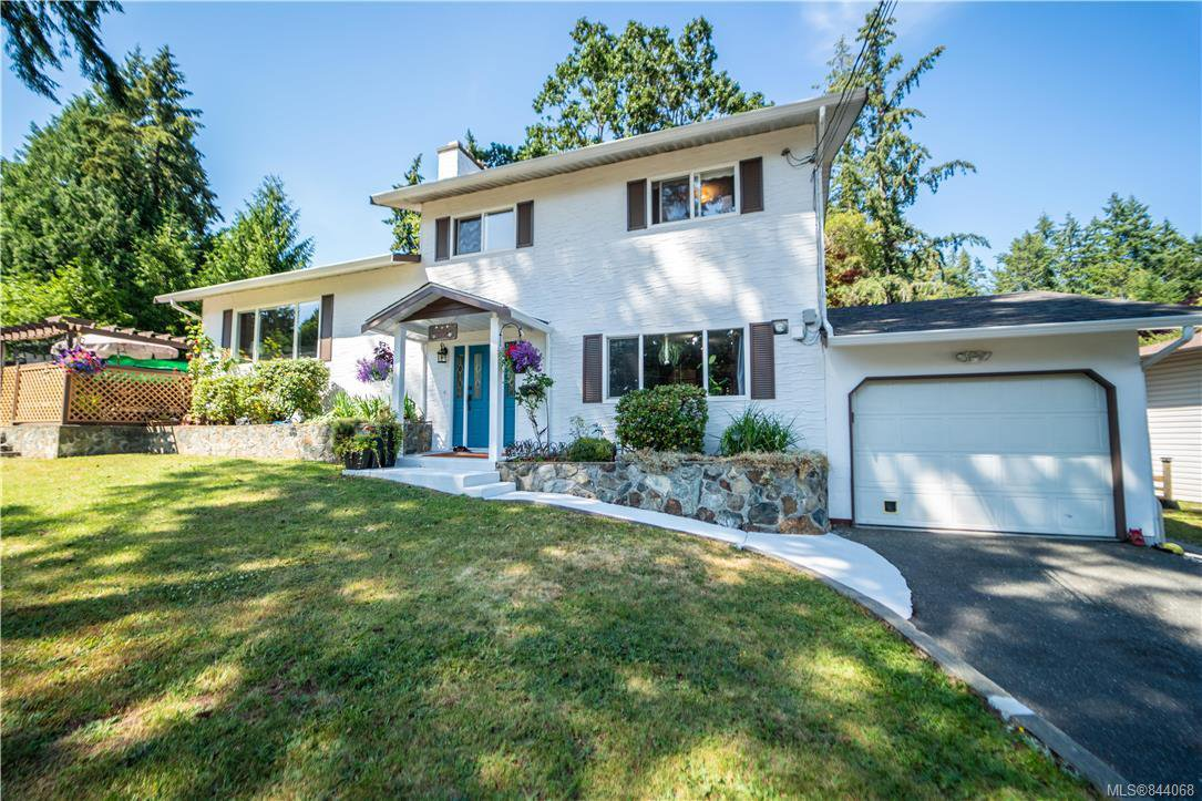 Main Photo: 600 Phelps Ave in Langford: La Thetis Heights Single Family Detached for sale : MLS®# 844068