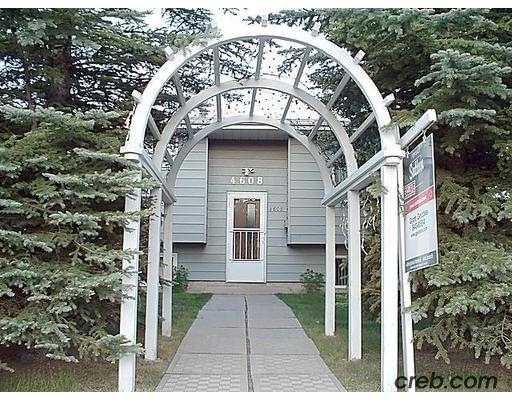 Main Photo:  in CALGARY: Varsity Acres Residential Detached Single Family for sale (Calgary)  : MLS®# C2372051
