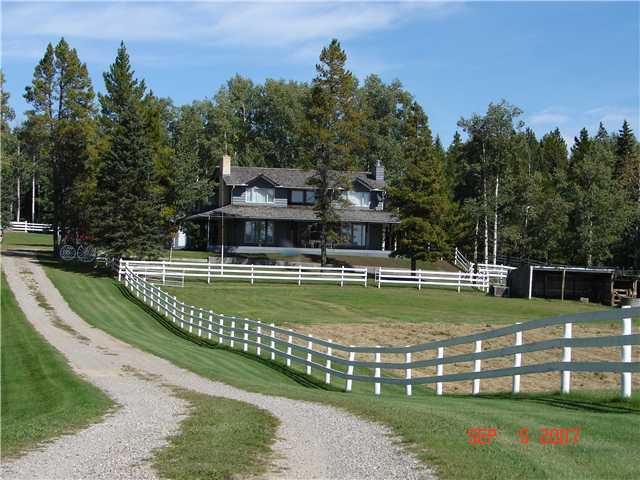 Main Photo: 25 MIN NW OF COCHRANE in COCHRANE: Rural Rocky View MD Residential Detached Single Family for sale : MLS®# C3474326
