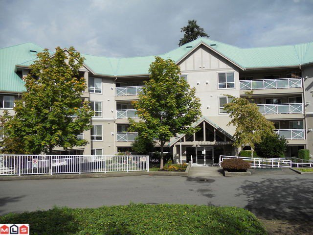 """Main Photo: 307 15150 29A Avenue in Surrey: King George Corridor Condo for sale in """"Sands"""" (South Surrey White Rock)  : MLS®# F1124538"""