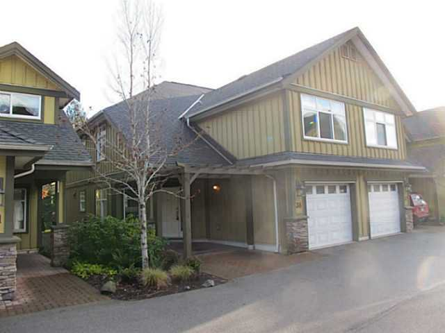 "Main Photo: 38 41050 TANTALUS Road in Squamish: Tantalus Townhouse for sale in ""Greenside Estates"" : MLS®# V1037810"