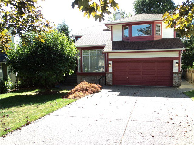 Main Photo: 2918 VALLEYVISTA DR in Coquitlam: Westwood Plateau House for sale : MLS®# V1045345