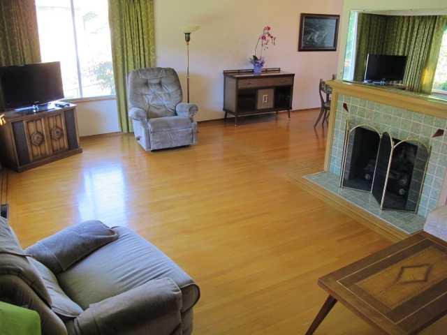 Photo 3: Photos: 436 BLAIR Avenue in New Westminster: Sapperton House  : MLS®# V1093597