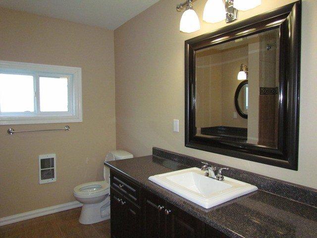 Photo 8: Photos: 34865 LABURNUM Avenue in Abbotsford: Abbotsford East House for sale : MLS®# F1427819
