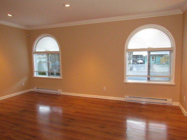 Photo 5: Photos: 34865 LABURNUM Avenue in Abbotsford: Abbotsford East House for sale : MLS®# F1427819