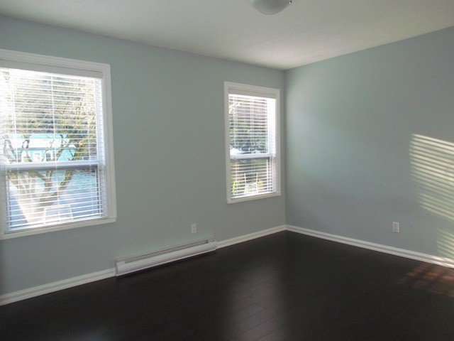 Photo 7: Photos: 34865 LABURNUM Avenue in Abbotsford: Abbotsford East House for sale : MLS®# F1427819
