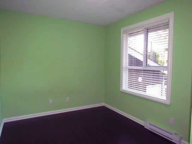 Photo 9: Photos: 34865 LABURNUM Avenue in Abbotsford: Abbotsford East House for sale : MLS®# F1427819