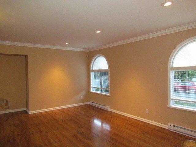 Photo 4: Photos: 34865 LABURNUM Avenue in Abbotsford: Abbotsford East House for sale : MLS®# F1427819