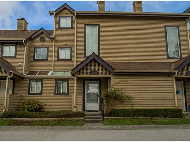 "Main Photo: 43 2736 ATLIN Place in Coquitlam: Coquitlam East Townhouse for sale in ""CEDAR GREEN"" : MLS®# V1113158"