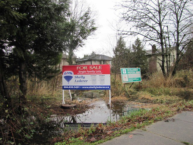 Main Photo: 26791 FRASER Highway in Langley: Aldergrove Langley Land for sale : MLS®# F1438267