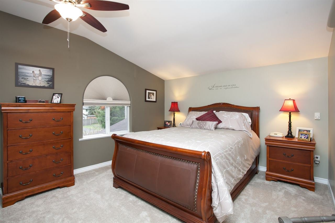 """Photo 15: Photos: 3632 203 Street in Langley: Brookswood Langley House for sale in """"BROOKSWOOD"""" : MLS®# R2042256"""