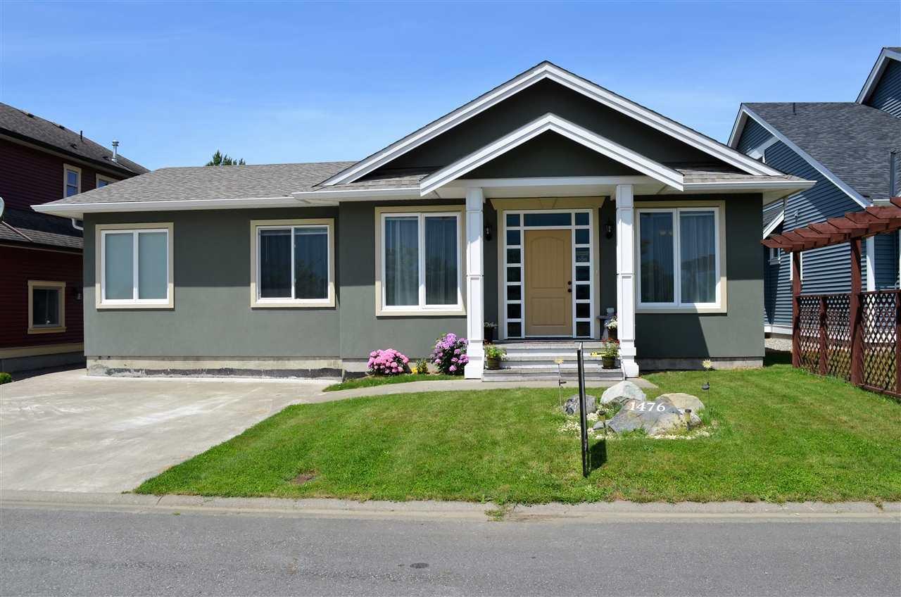 Main Photo: 1476 MCDONALD Lane: Agassiz House for sale : MLS®# R2108889