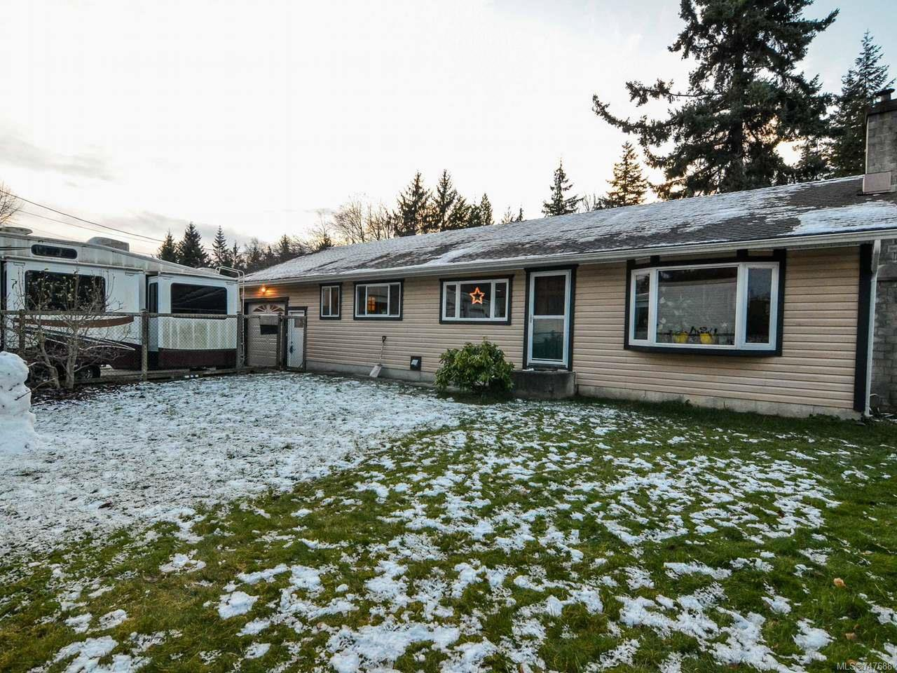 Main Photo: 228 Crawford Rd in CAMPBELL RIVER: CR Campbell River South House for sale (Campbell River)  : MLS®# 747688