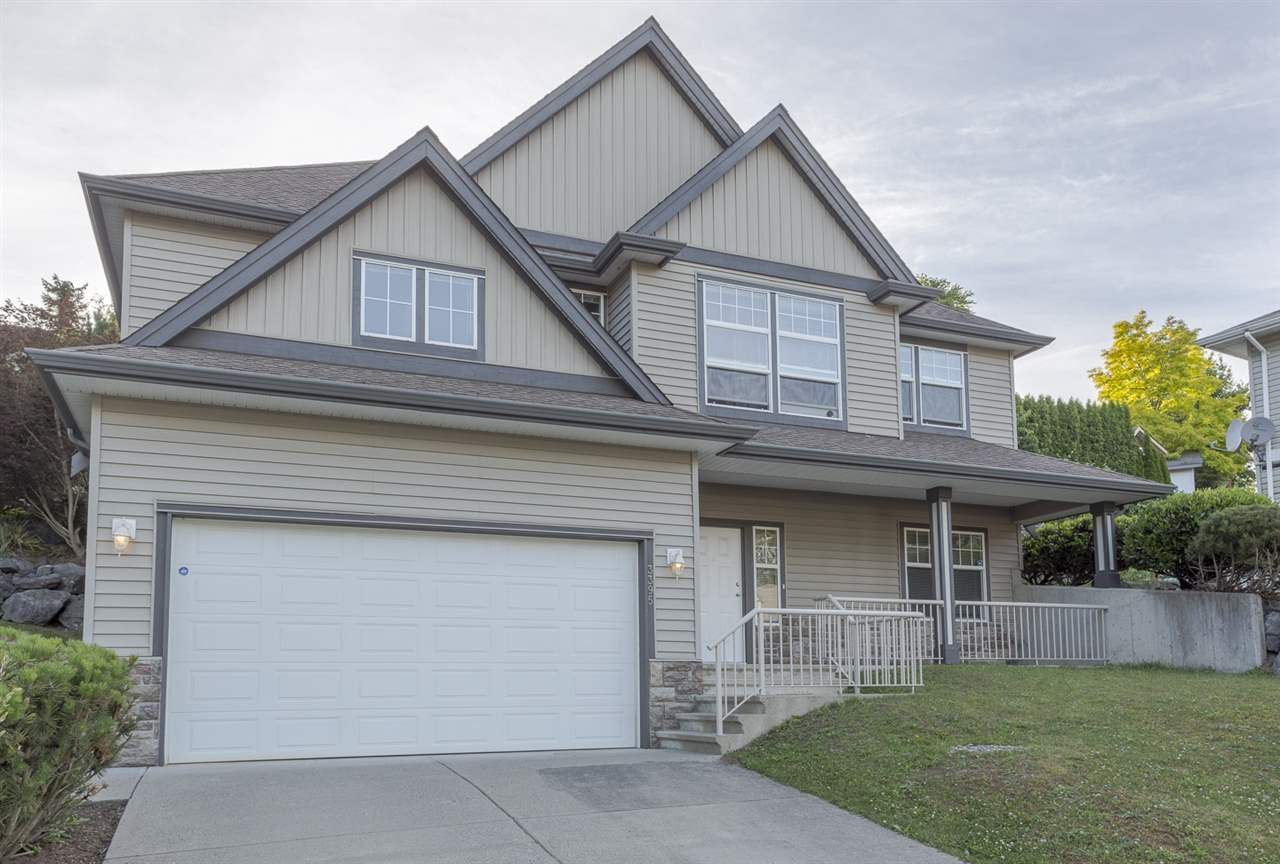 Main Photo: 3395 PROMONTORY Court in Abbotsford: Abbotsford West House for sale : MLS®# R2132015