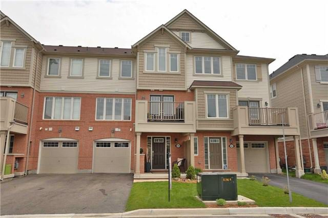 Main Photo: 564 Attenborough Terrace in Milton: Willmont House (3-Storey) for sale : MLS®# W3799819