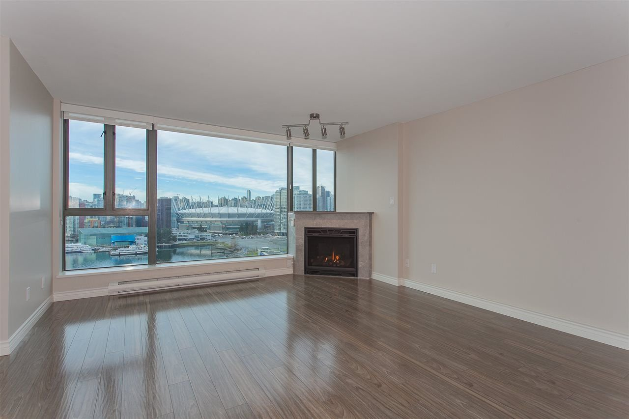 "Photo 18: Photos: 1905 1128 QUEBEC Street in Vancouver: Mount Pleasant VE Condo for sale in ""THE NATIONAL"" (Vancouver East)  : MLS®# R2232561"