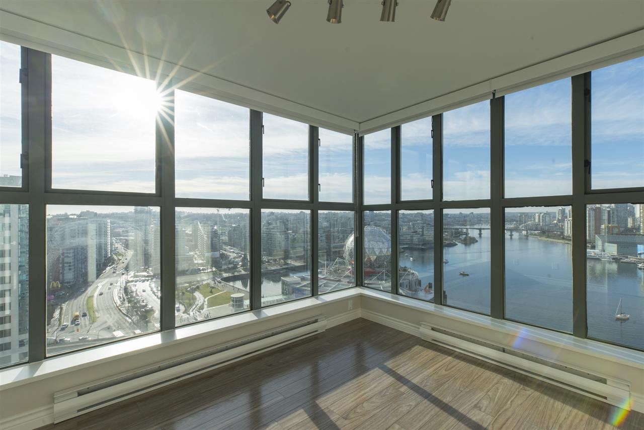 "Photo 10: Photos: 1905 1128 QUEBEC Street in Vancouver: Mount Pleasant VE Condo for sale in ""THE NATIONAL"" (Vancouver East)  : MLS®# R2232561"