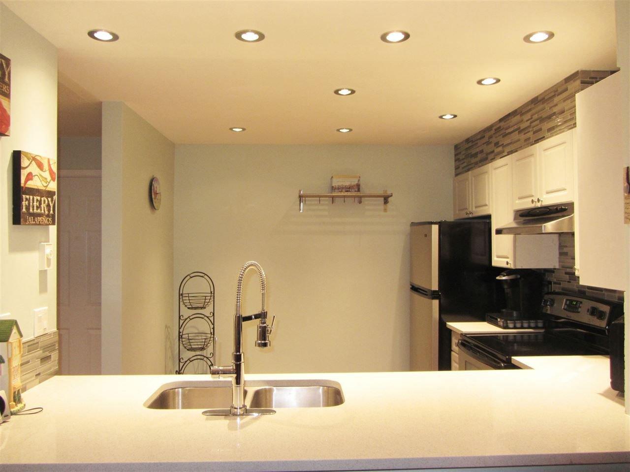 Photo 3: Photos: 114 15110 108 Avenue in Surrey: Bolivar Heights Condo for sale (North Surrey)  : MLS®# R2239803