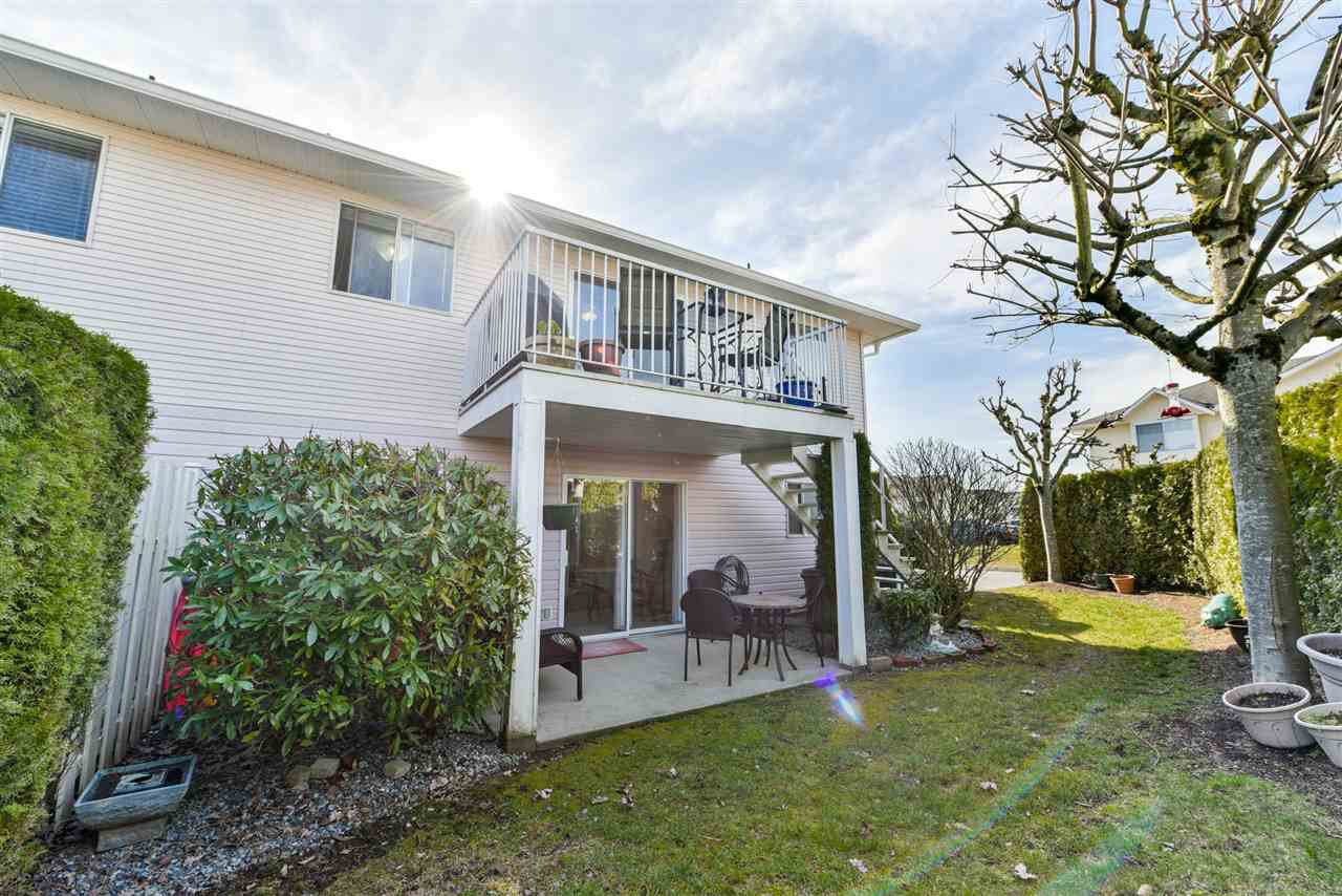 """Photo 20: Photos: 28 31255 UPPER MACLURE Road in Abbotsford: Abbotsford West Townhouse for sale in """"Country Lane"""" : MLS®# R2246805"""