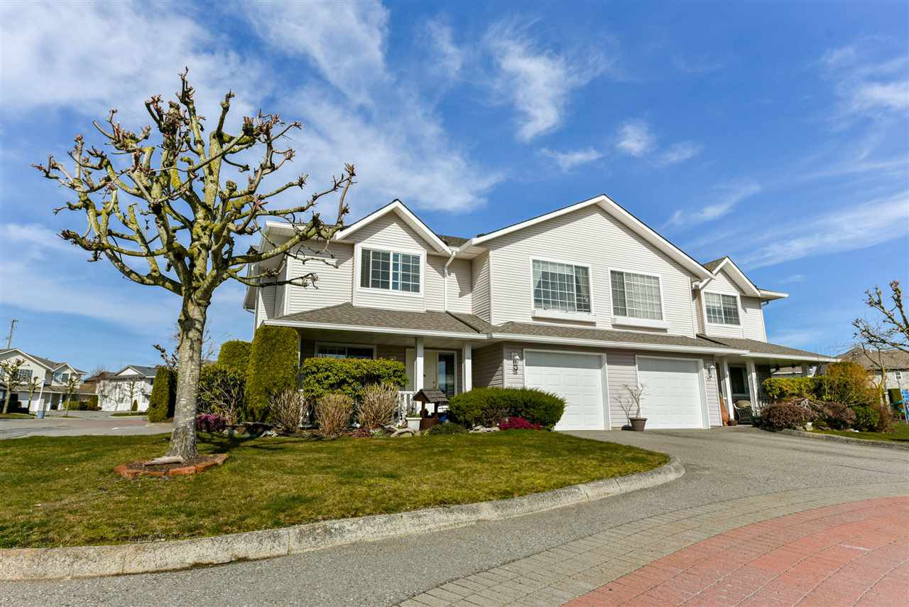 "Main Photo: 28 31255 UPPER MACLURE Road in Abbotsford: Abbotsford West Townhouse for sale in ""Country Lane"" : MLS®# R2246805"