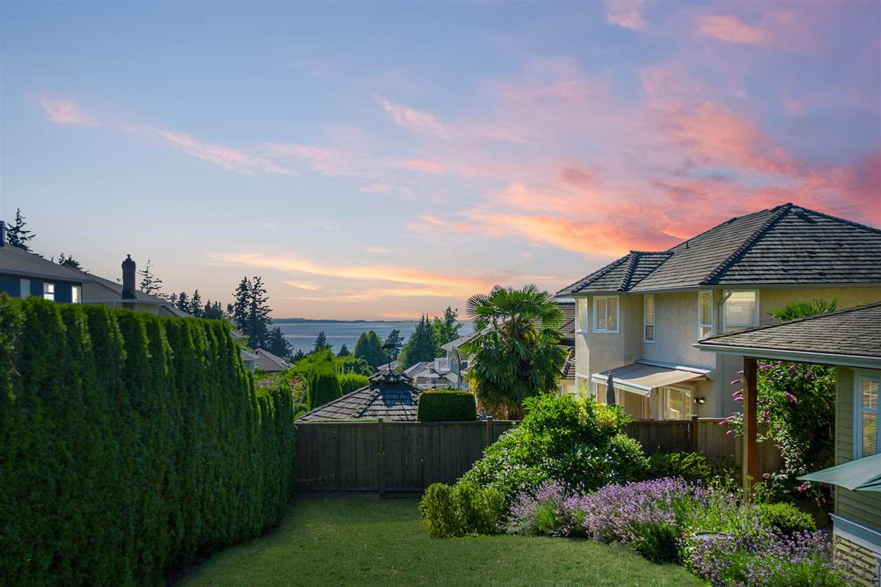 "Main Photo: 12730 17A Avenue in Surrey: Crescent Bch Ocean Pk. House for sale in ""Ocean Park"" (South Surrey White Rock)  : MLS®# R2289410"