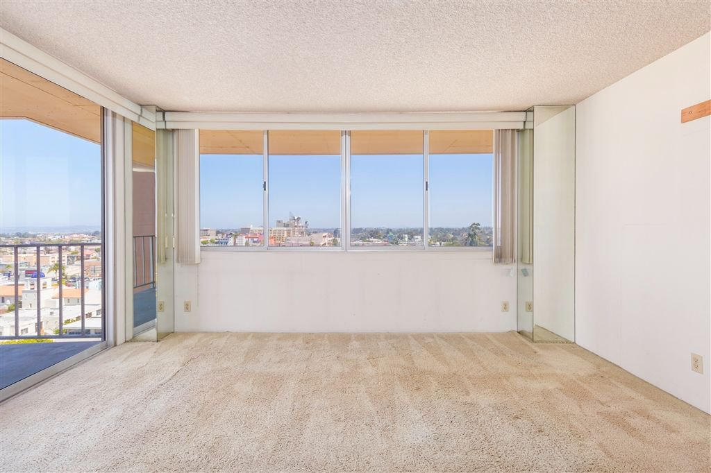 Photo 4: Photos: HILLCREST Condo for sale : 2 bedrooms : 3635 7th #13D in San Diego
