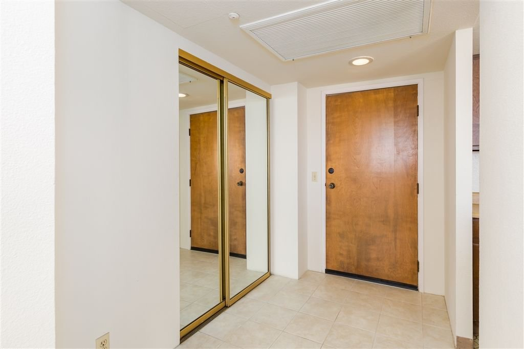 Photo 8: Photos: HILLCREST Condo for sale : 2 bedrooms : 3635 7th #13D in San Diego