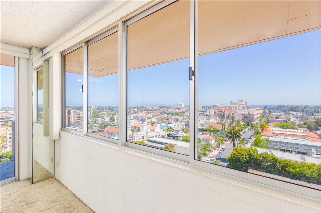Photo 5: Photos: HILLCREST Condo for sale : 2 bedrooms : 3635 7th #13D in San Diego