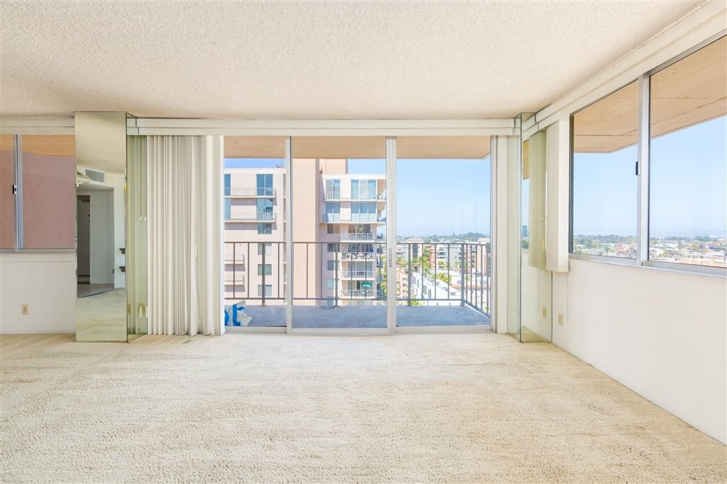 Photo 2: Photos: HILLCREST Condo for sale : 2 bedrooms : 3635 7th #13D in San Diego