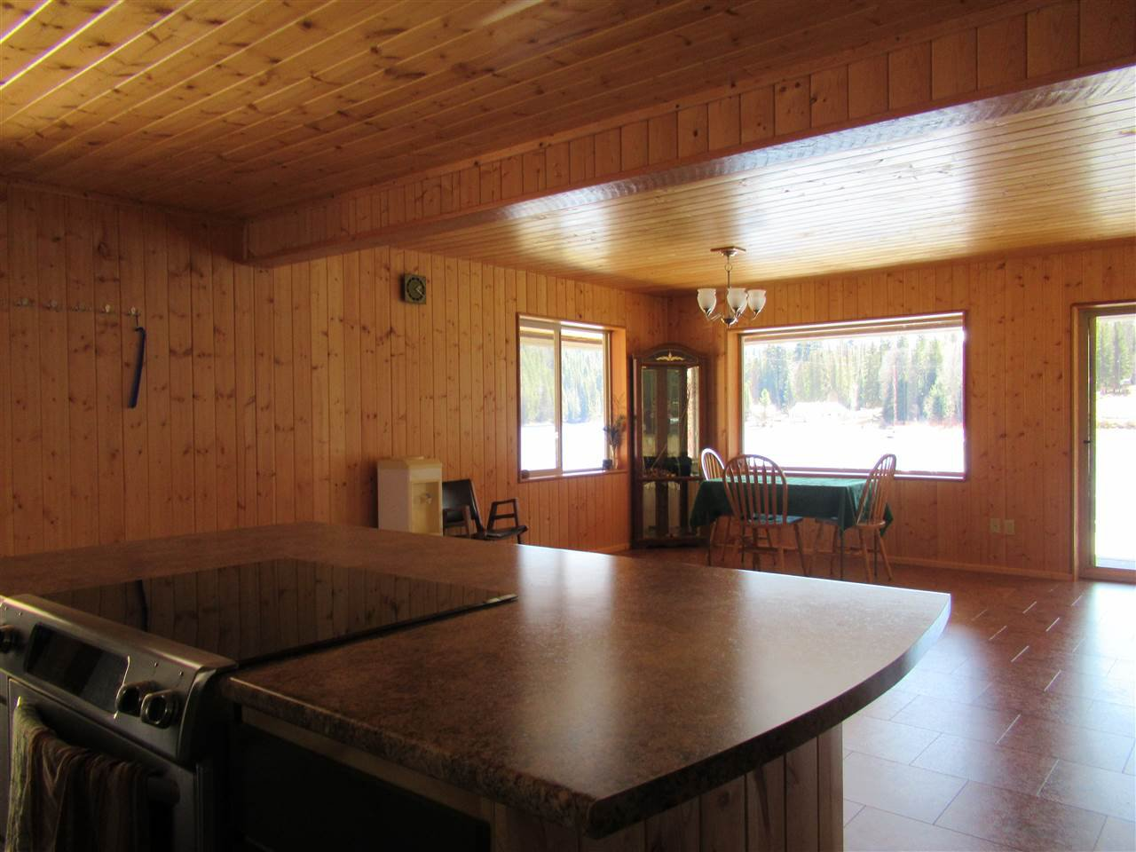 Photo 18: Photos: 6278 KNIGHT Road: Likely House for sale (Williams Lake (Zone 27))  : MLS®# R2361221