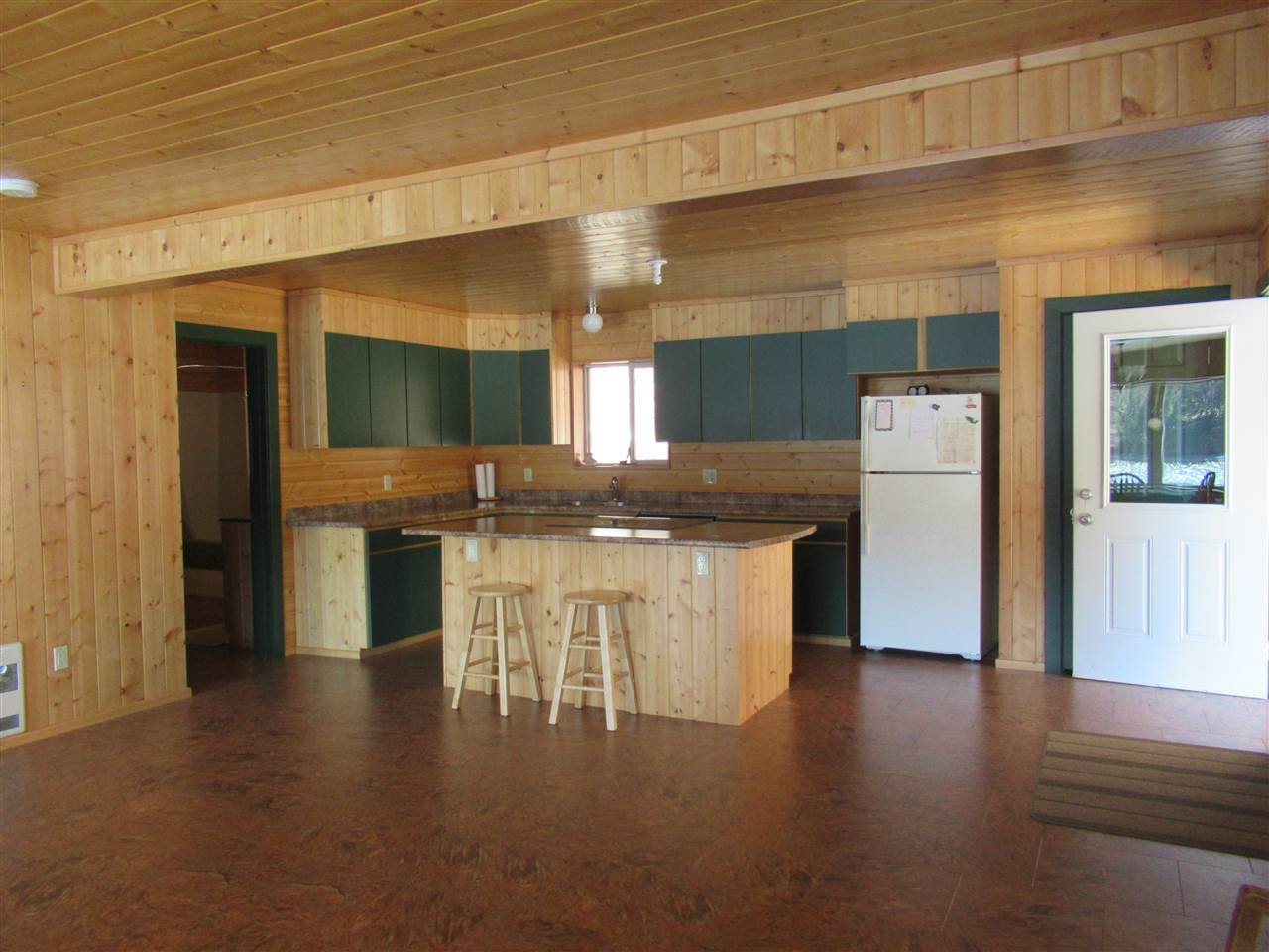Photo 16: Photos: 6278 KNIGHT Road: Likely House for sale (Williams Lake (Zone 27))  : MLS®# R2361221