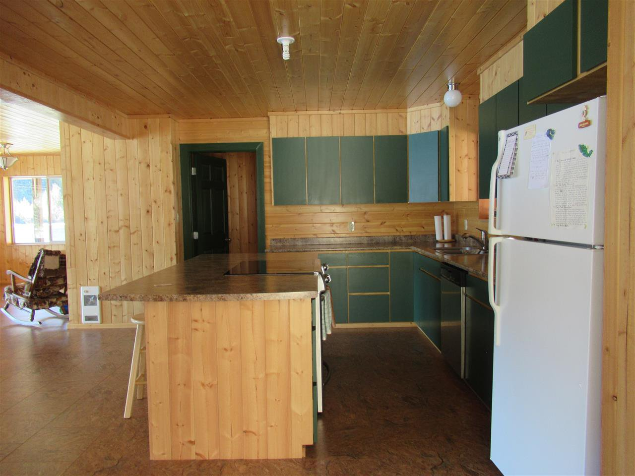 Photo 14: Photos: 6278 KNIGHT Road: Likely House for sale (Williams Lake (Zone 27))  : MLS®# R2361221