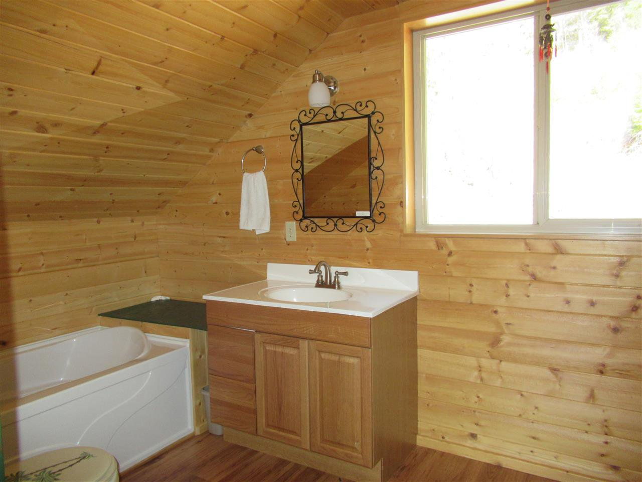Photo 20: Photos: 6278 KNIGHT Road: Likely House for sale (Williams Lake (Zone 27))  : MLS®# R2361221