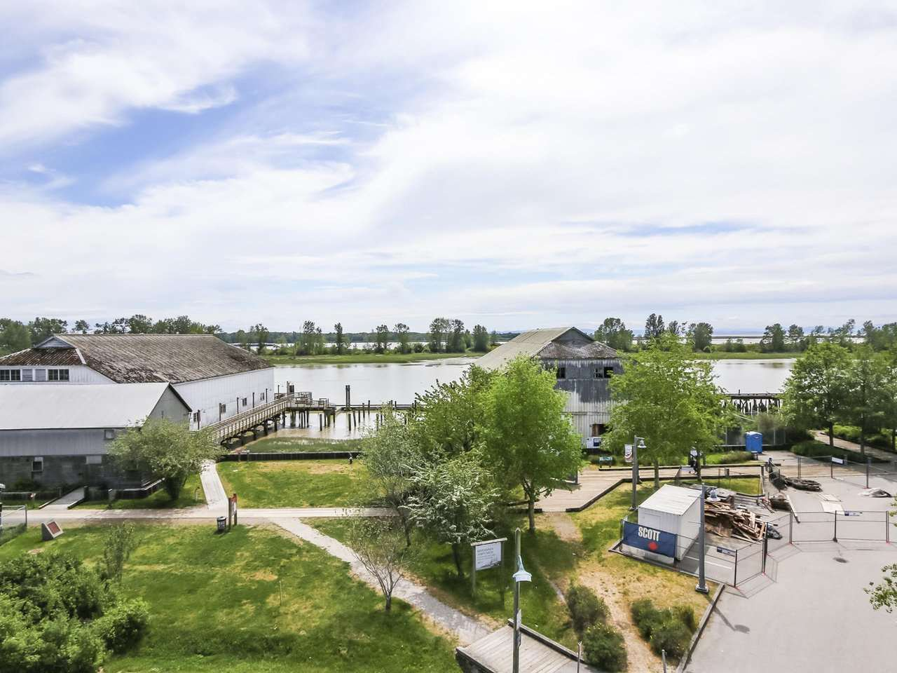 "Main Photo: 411 12911 RAILWAY Avenue in Richmond: Steveston South Condo for sale in ""BRITTANIA"" : MLS®# R2372164"
