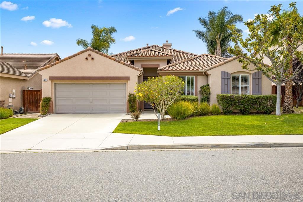 Main Photo: OCEANSIDE House for sale : 4 bedrooms : 913 Glendora Drive