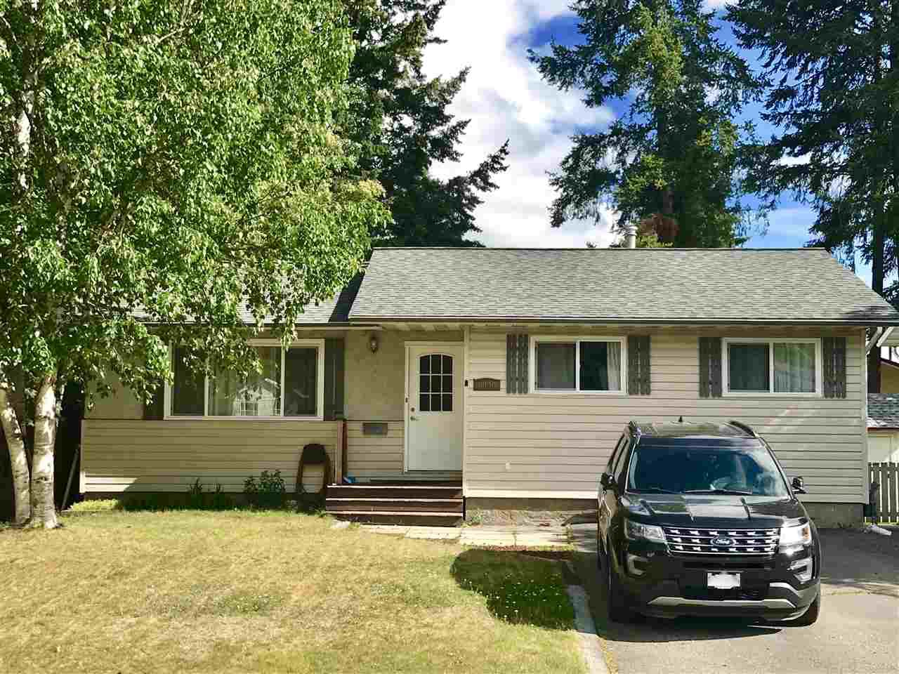 Main Photo: 6090 CALEDONIA Crescent in Prince George: Lower College House for sale (PG City South (Zone 74))  : MLS®# R2382011