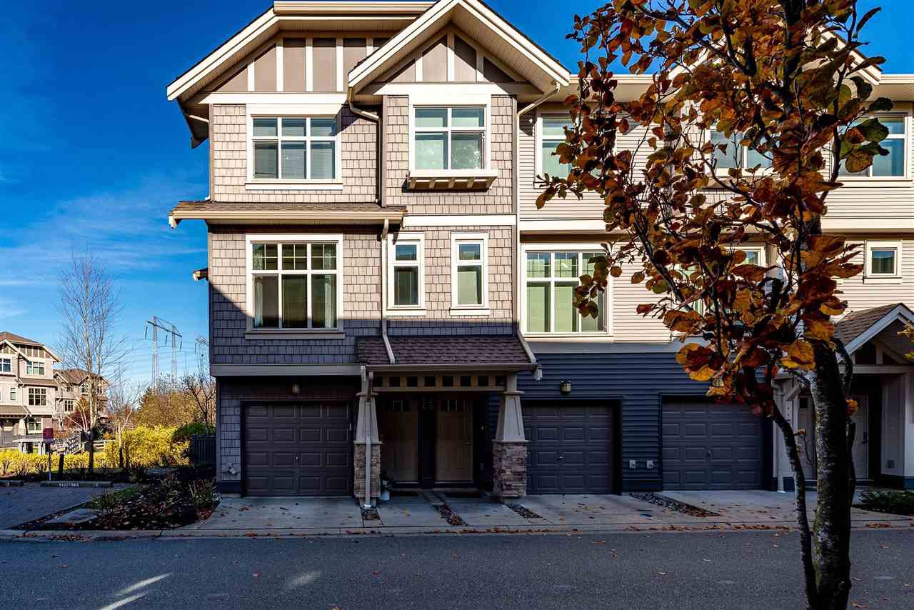 "Main Photo: 24 31125 WESTRIDGE Place in Abbotsford: Abbotsford West Townhouse for sale in ""Kinfield"" : MLS®# R2418533"