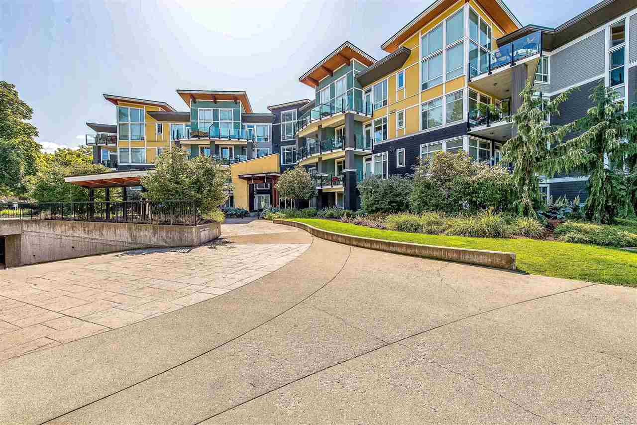 Main Photo: 301 45389 CHEHALIS Drive in Chilliwack: Vedder S Watson-Promontory Condo for sale (Sardis)  : MLS®# R2429182