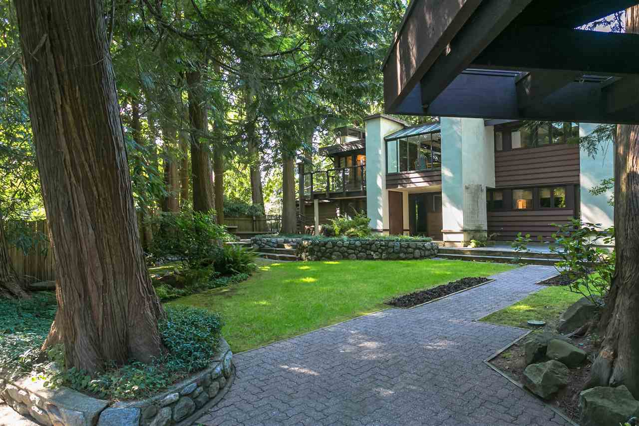 Photo 35: Photos: 591 SHANNON Crescent in North Vancouver: Delbrook House for sale : MLS®# R2487515
