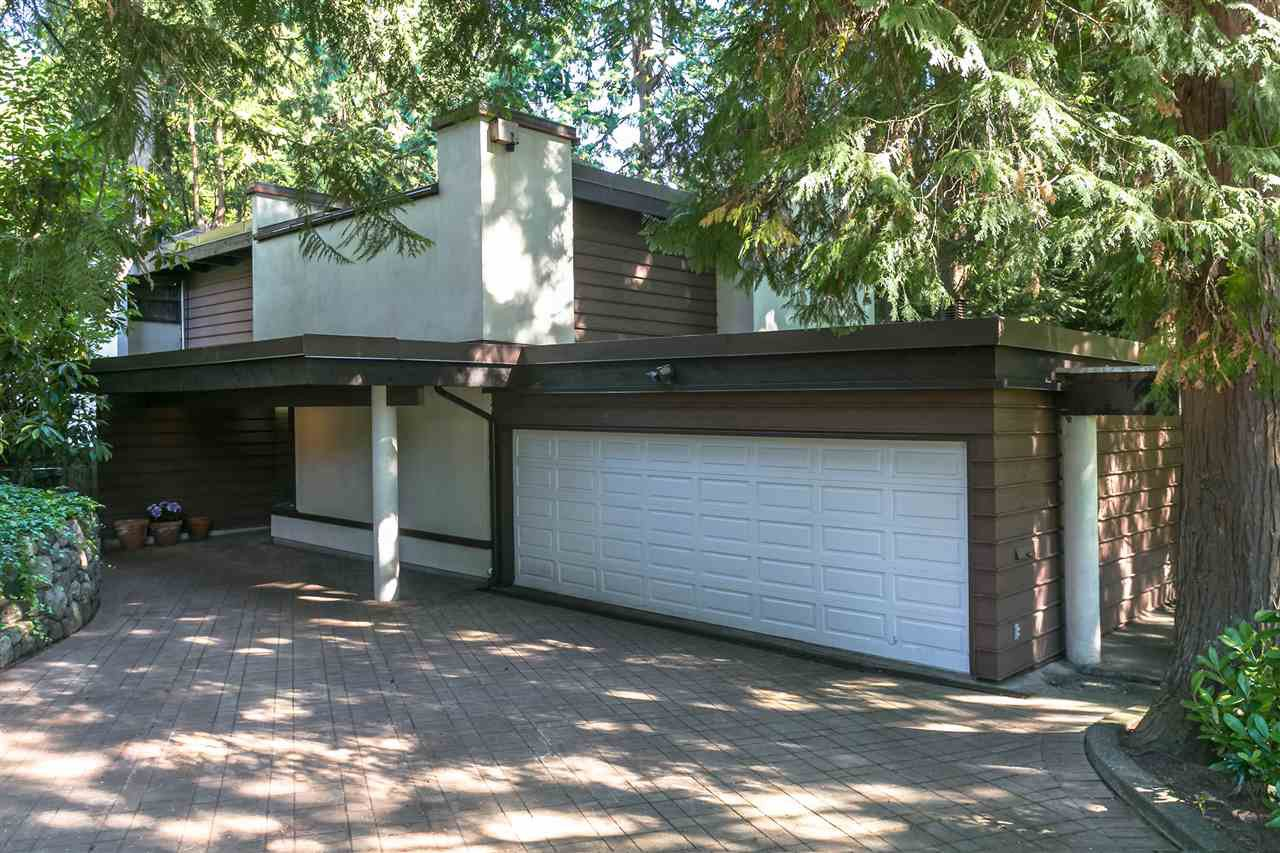 Photo 38: Photos: 591 SHANNON Crescent in North Vancouver: Delbrook House for sale : MLS®# R2487515
