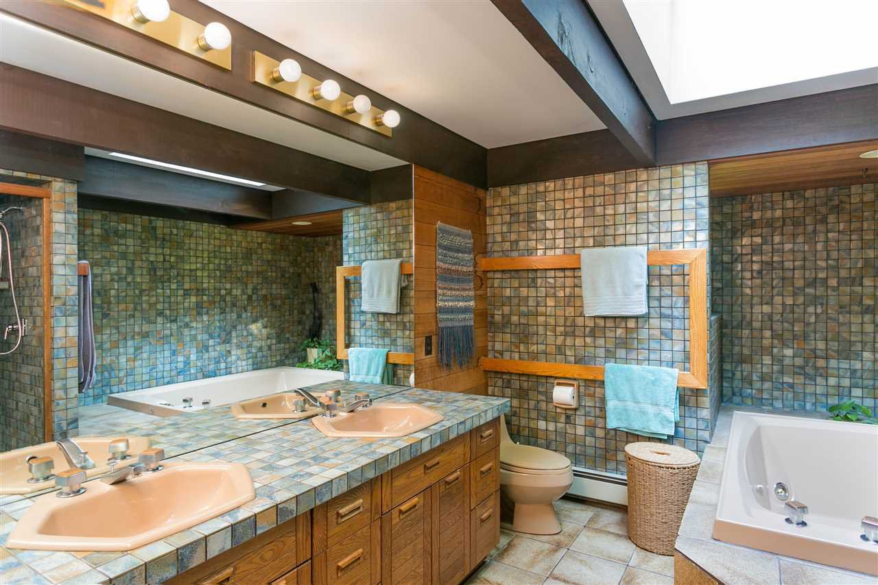 Photo 17: Photos: 591 SHANNON Crescent in North Vancouver: Delbrook House for sale : MLS®# R2487515