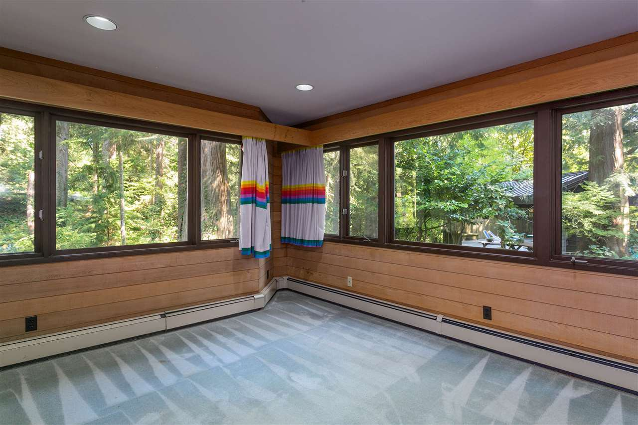 Photo 21: Photos: 591 SHANNON Crescent in North Vancouver: Delbrook House for sale : MLS®# R2487515