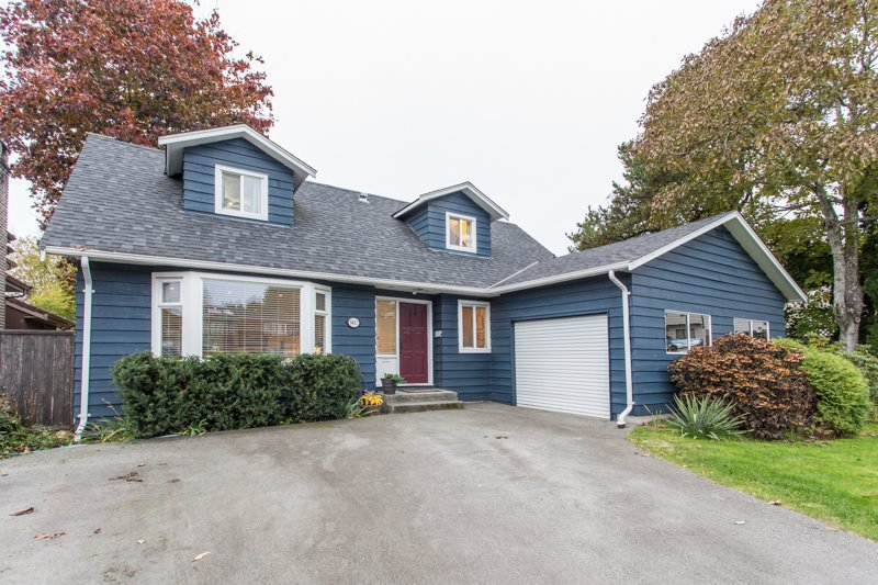 Main Photo: 9411 KINGSWOOD DRIVE in Richmond: Ironwood House for sale : MLS®# R2513697