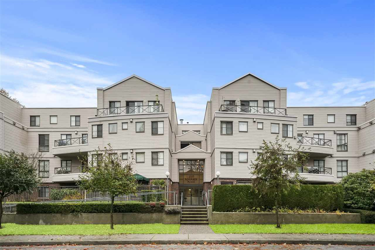 Main Photo: 410 2357 WHYTE AVENUE in Port Coquitlam: Central Pt Coquitlam Condo for sale : MLS®# R2517584