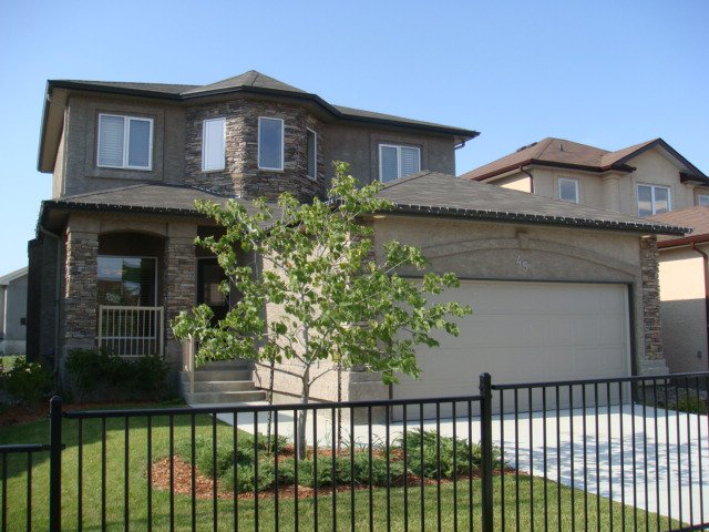 Main Photo: 45 Mary Andree Way in Winnipeg: Transcona Single Family Detached for sale (North East Winnipeg)  : MLS®# 2904194