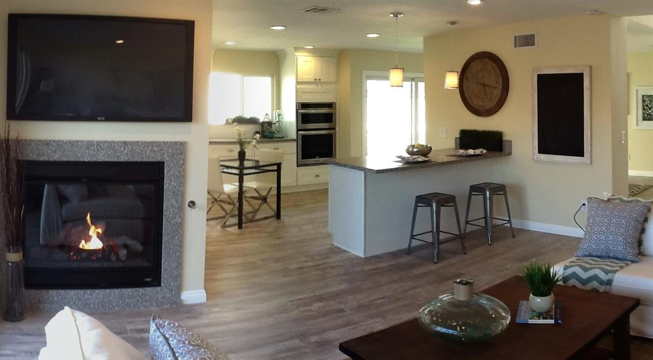Photo 7: Photos: CORONADO CAYS House for sale : 3 bedrooms : 76 Half Moon Bend