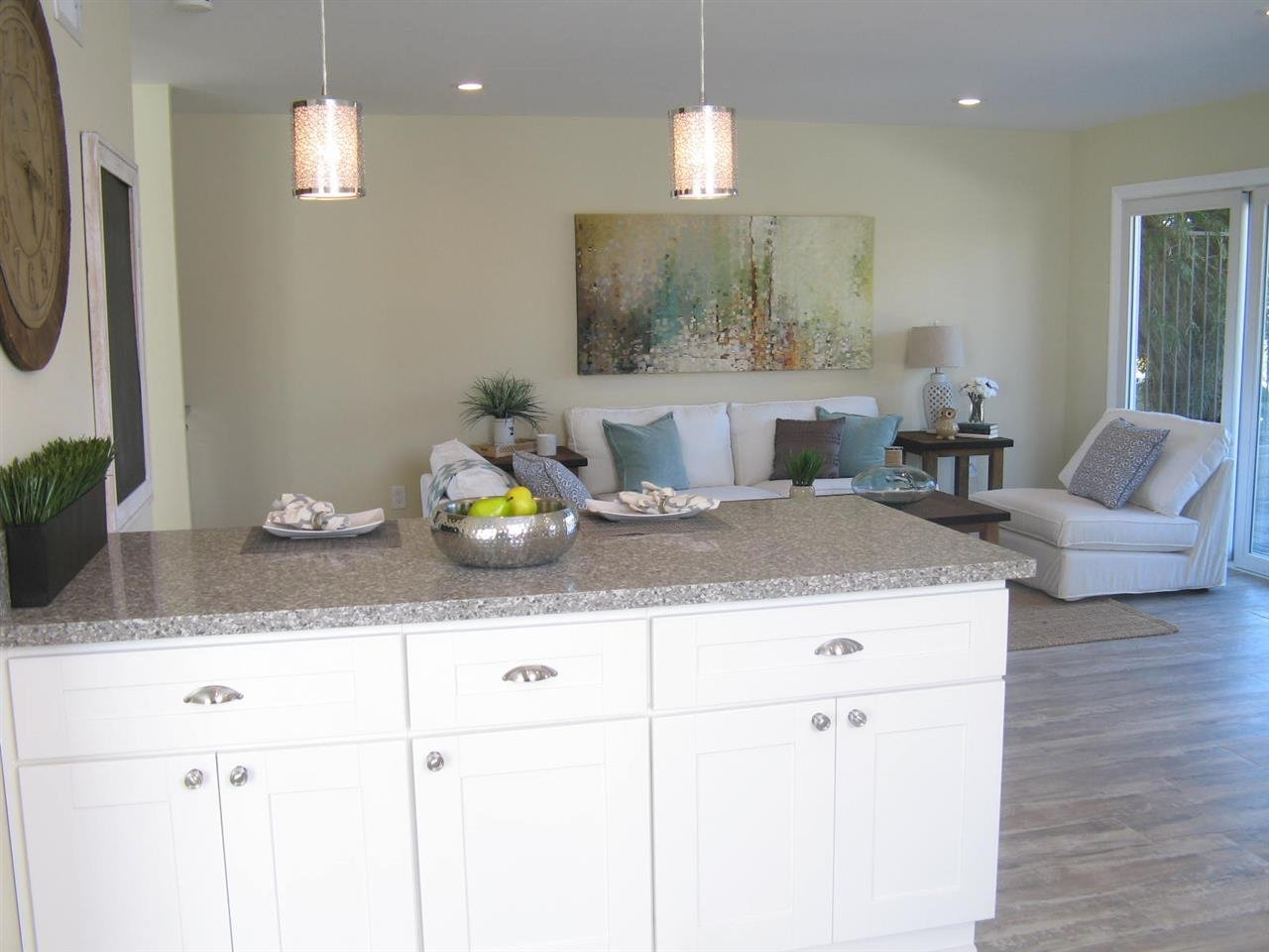 Photo 11: Photos: CORONADO CAYS House for sale : 3 bedrooms : 76 Half Moon Bend
