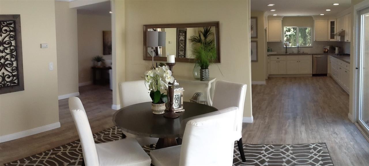 Photo 15: Photos: CORONADO CAYS House for sale : 3 bedrooms : 76 Half Moon Bend