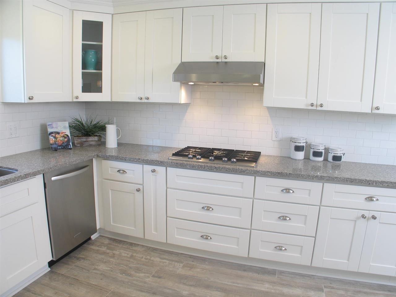 Photo 8: Photos: CORONADO CAYS House for sale : 3 bedrooms : 76 Half Moon Bend
