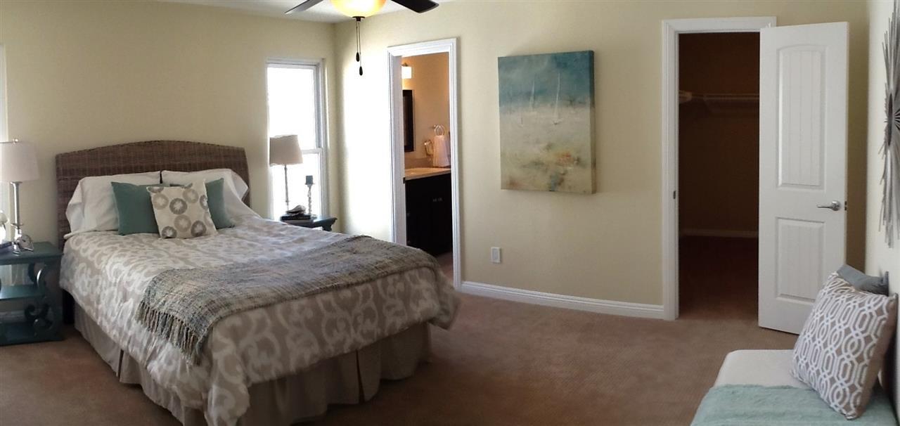 Photo 17: Photos: CORONADO CAYS House for sale : 3 bedrooms : 76 Half Moon Bend